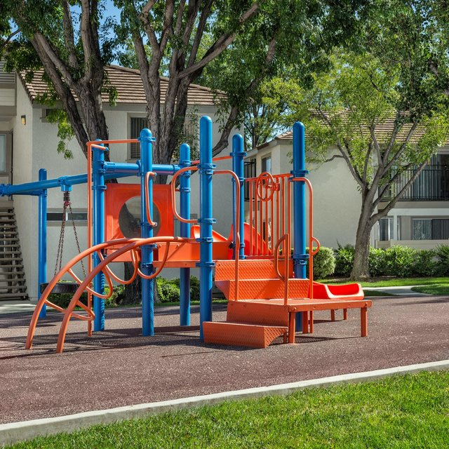 Somerset Apartments - Playground