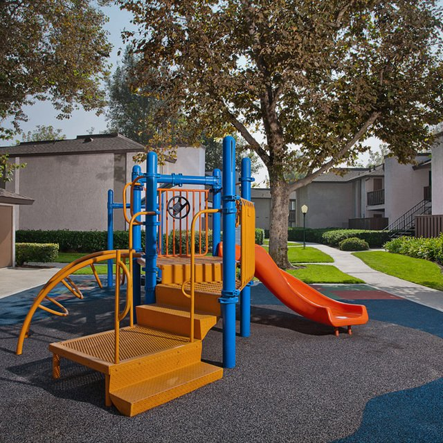 Sycamore Park Apartments - Playground