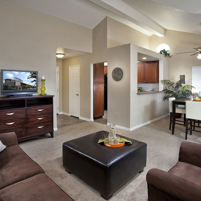Montecito Apartments - Living Area