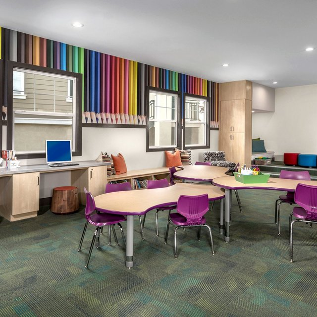 Jamboree Apartments - Kids Club