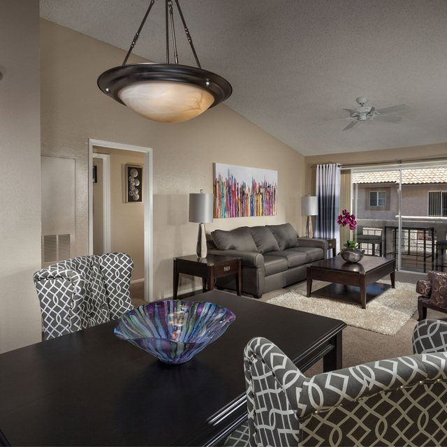 Sahara West Apartments - Dining Area