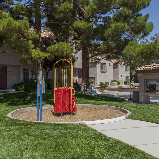 Sahara West Apartments - Play Area