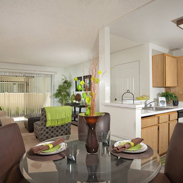 Rosewood Apartments - Dining Room