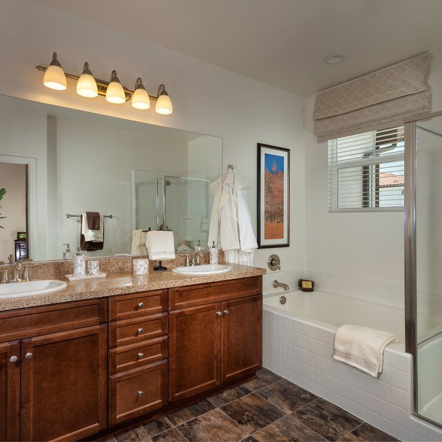 The Enclave at Homecoming Terra Vista - Bathroom