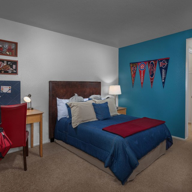 Green Valley Apartments - Children's bedroom