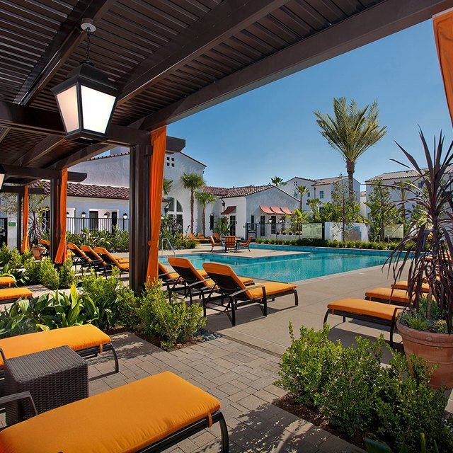 Santa Barbara Apartments - Pool with Lounge Seating