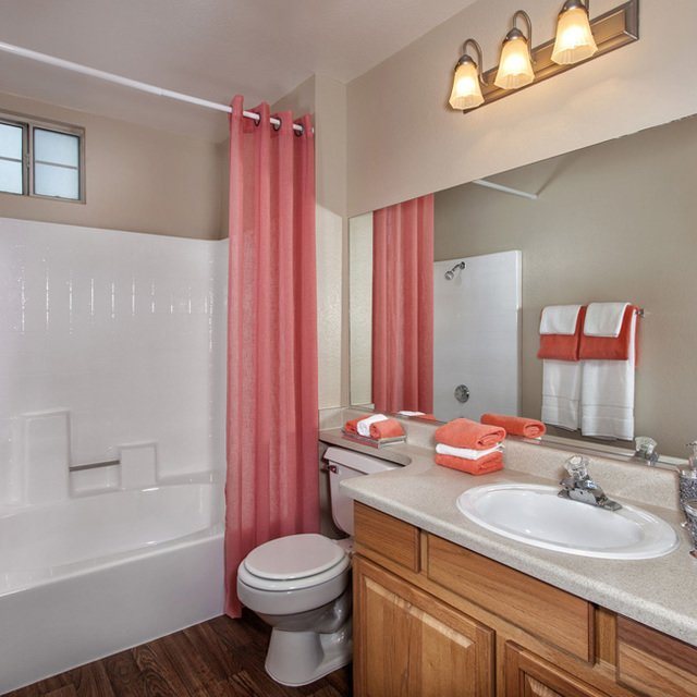 Crystal Cove Apartments - Bathroom with starfish