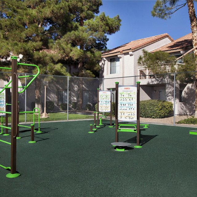 Crystal Cove Apartments - Outdoor exercise equipment