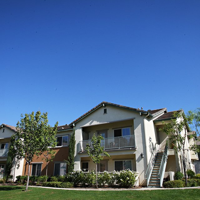 Del Mar Apartments - Home exterior