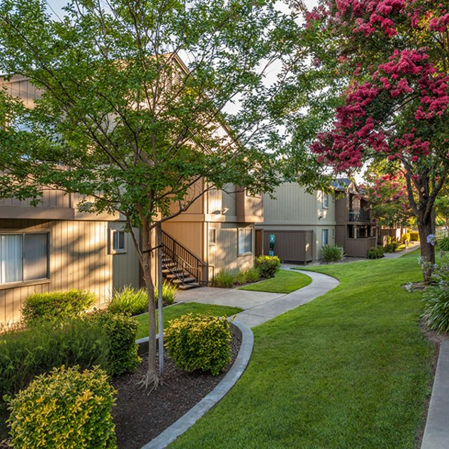 Community Walkway | Antelope Ridge Apartments