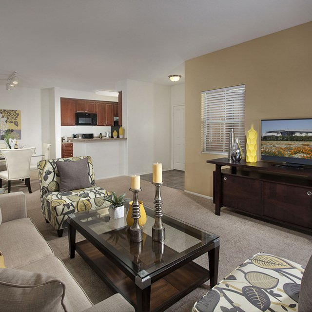 Carmel at Terra VIsta | Living area