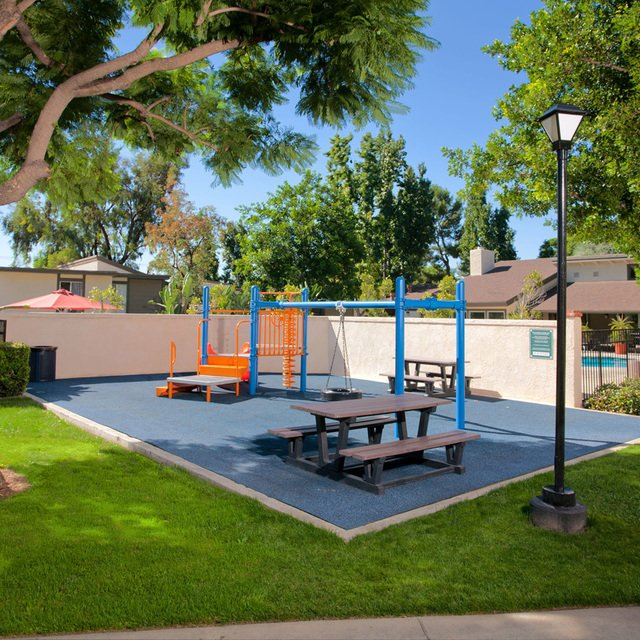 Suncape Apartments - Playground