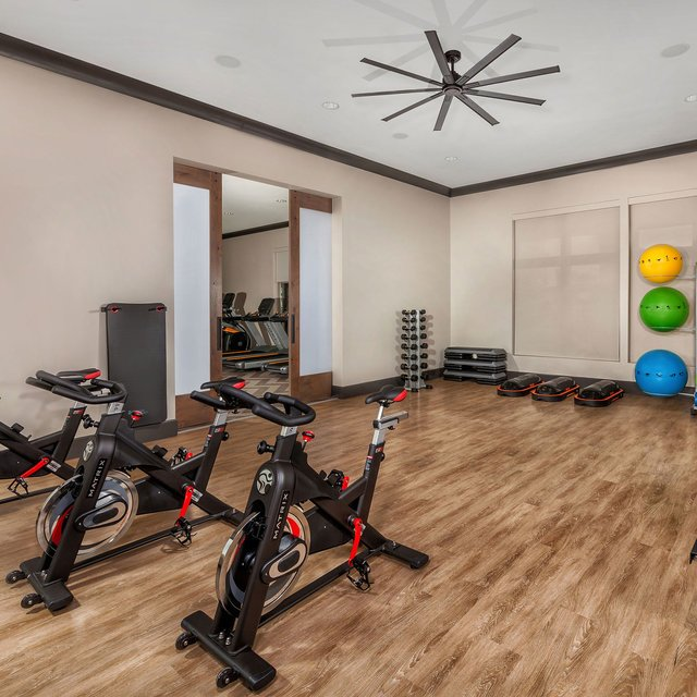Harvest at Damonte Ranch Apartments - Fitness center classroom