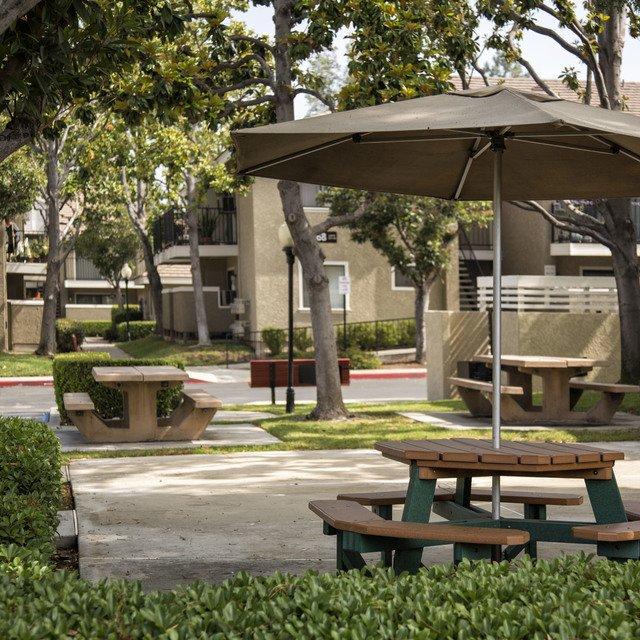 Senior Apartments For Rent In Austin Texas: Village Green Senior Apartments