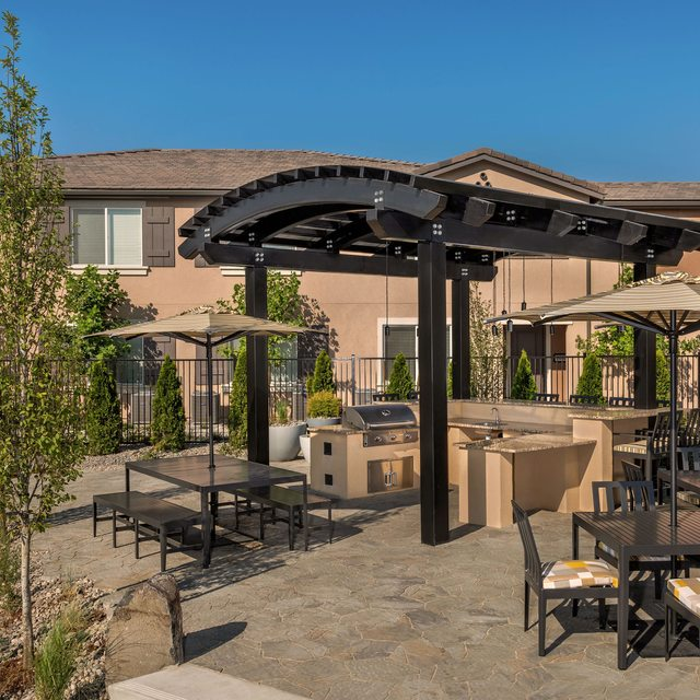 Harvest at Damonte Ranch Apartments - Gazebo