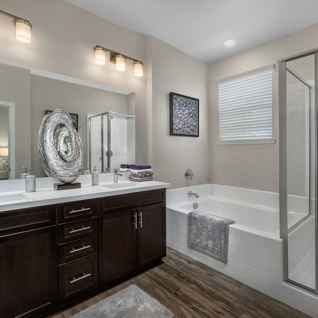 Harvest at Damonte Ranch Apartments - Bathroom and walk-in shower