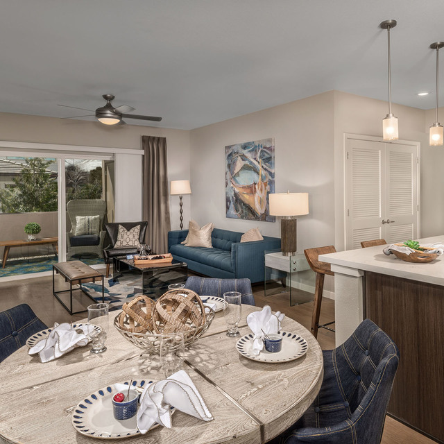 Latitude 39 Apartments - Dining Area