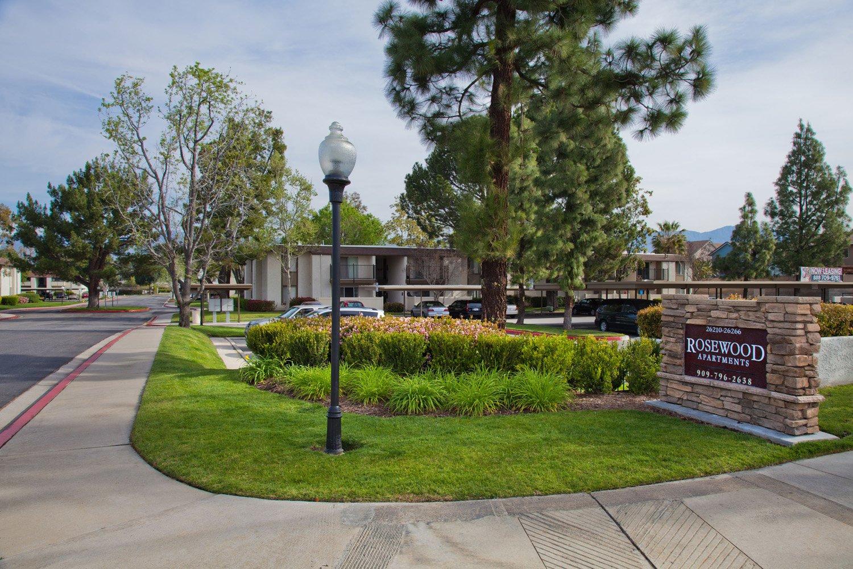 Rosewood apartments redlands ca