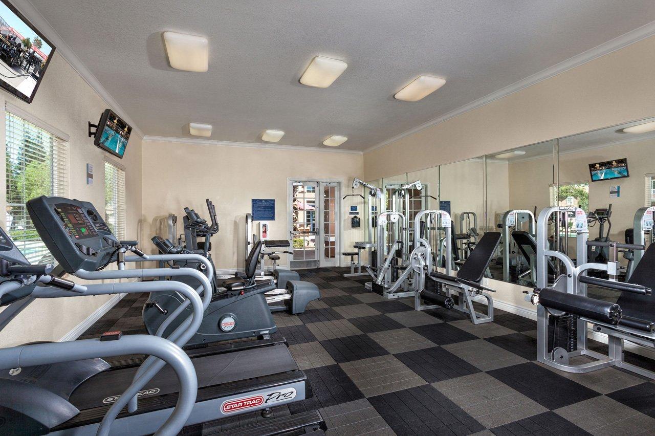 Roseville CA Apartments | Carmel at Woodcreek West Apartments