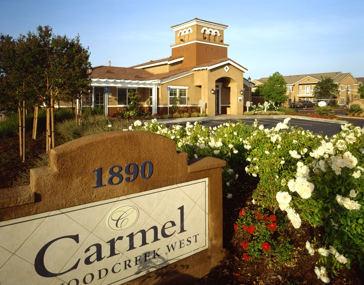 Townhomes Roseville CA | Carmel at Woodcreek West Apartments