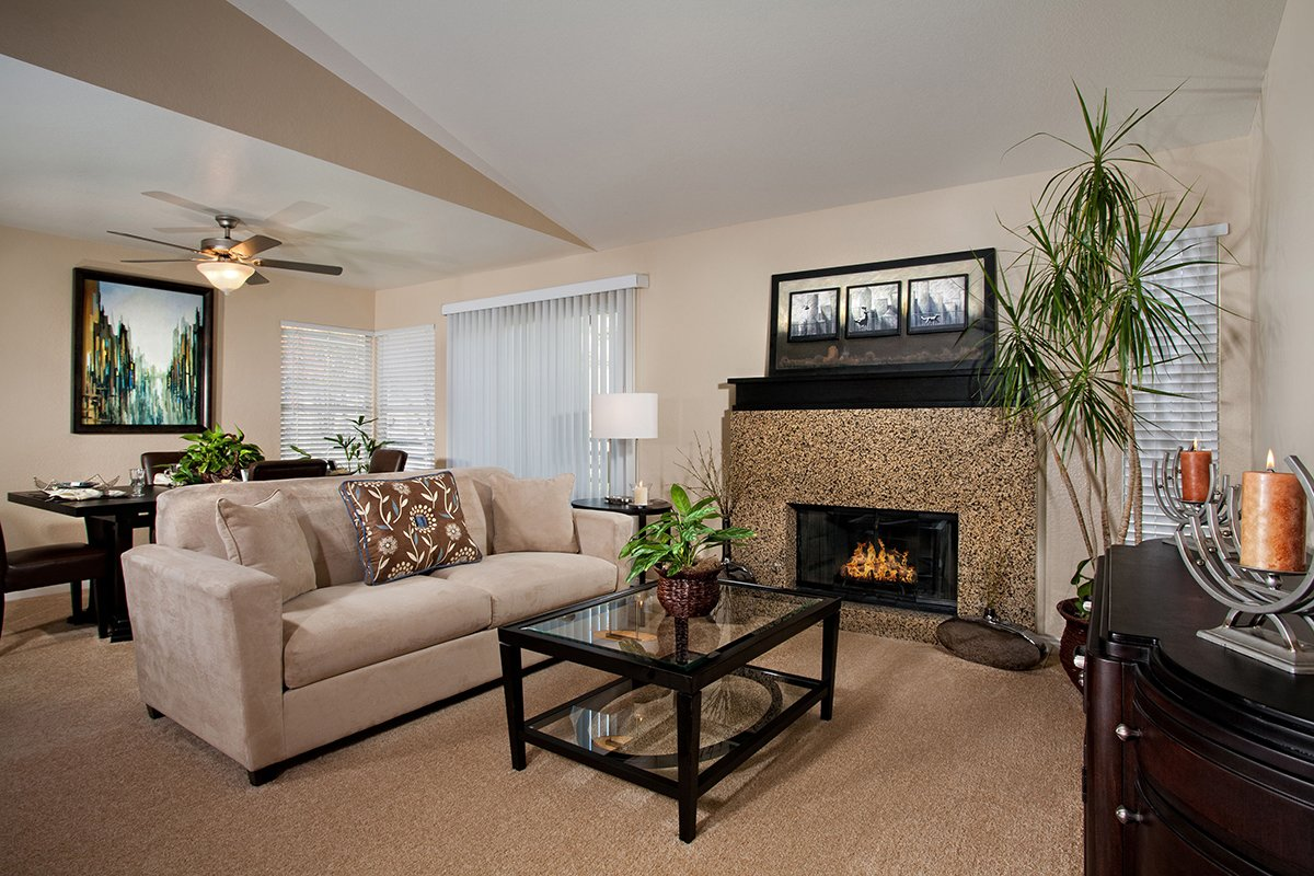 ... Del Mar Apartments   Living Space