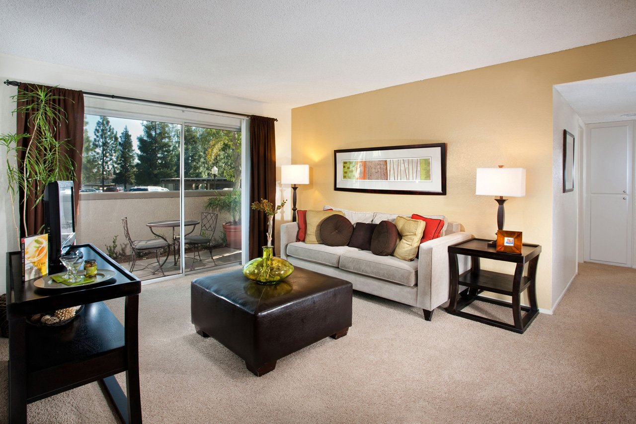 Evergreen Apartments   Living Space